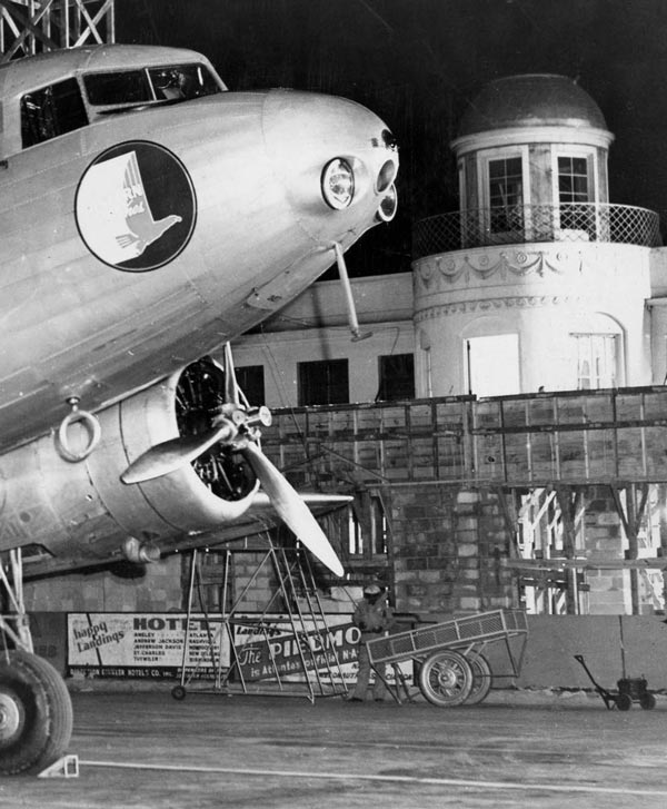 In 1946 Candler Field was renamed Atlanta Municipal Airport and by 1948, more than one million passengers passed through a war surplus hangar that served as a terminal building.