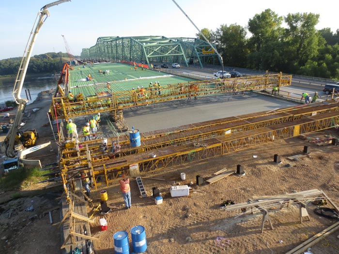The costs and risks involved with designing and building river bridges require careful consideration and multi-tiered organization and execution.